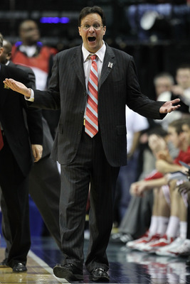 INDIANAPOLIS, IN - MARCH 10:  Head coach Tom Crean of the Indiana Hoosiers reacts against the Penn State Nittany Lions during the first round of the 2011 Big Ten Men's Basketball Tournament at Conseco Fieldhouse on March 10, 2011 in Indianapolis, Indiana.