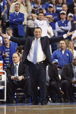 LEXINGTON, KY - FEBRUARY 28:  Head coach Billy Gillispie of the Kentucky Wildcats reacts during the SEC game against the LSU Tigers at Rupp Arena on February 28, 2009 in Lexington, Kentucky.  (Photo by Andy Lyons/Getty Images)