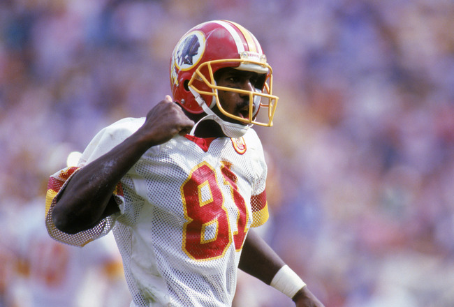 1986:  Wide receiver Art Monk #81 of the Washington Redskins reacts during a 1986 NFL season game.  (Photo by Rick Stewart/Getty Images)