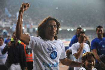 NAPLES, ITALY - MAY 15:  Edinson Roberto Cavani  of SSC Napoli celebrates at the end of the Serie A match between SSC Napoli and FC Internazionale Milano at Stadio San Paolo on May 15, 2011 in Naples, Italy.  (Photo by Valerio Pennicino/Getty Images)