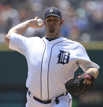 DETROIT - JULY 17: Brad Penny #31 of the Detroit Tigers pitches in the first inning during the game against the Chicago White Sox at Comerica Park on July 17, 2011 in Detroit, Michigan.  (Photo by Leon Halip/Getty Images)
