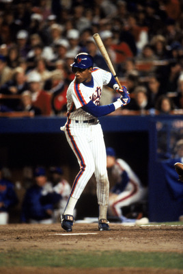 FLUSHING, NY - OCTOBER 27:  Right fielder Darryl Strawberry #18 of the New York Mets at bat during game 7 of the 1986 World Series against the Boston Red Sox at Shea Stadium on October 27, 1986 in Flushing, New York. The Mets won the series 4-3.  (Photo b
