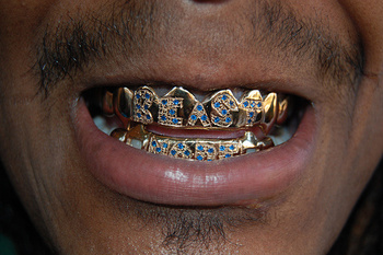 500x_marshawn-lynch-beast-mode-grill_display_image