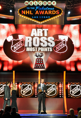 LAS VEGAS, NV - JUNE 22:  Daniel Sedin of the Vancouver Canucks accepts the Art Ross Trophy during the 2011 NHL Awards at The Pearl concert theater at the Palms Casino Resort June 22, 2011 in Las Vegas, Nevada.  (Photo by Ethan Miller/Getty Images)