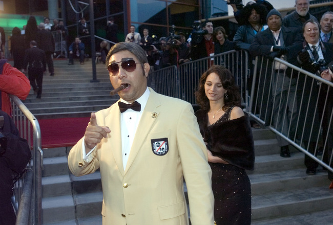 LOUISVILLE, KY - NOVEMBER 19: Actor Ernie Orozco dresses up as former ABC sportscaster Howard Cosell at the Grand Opening Gala of the Muhammad Ali Center, on the red carpet of the Kentucky Center for the Arts (next door to the Ali Center) November 19, 200