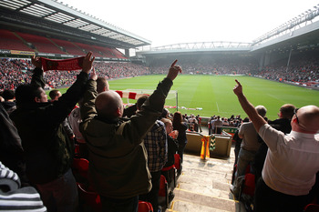 LIVERPOOL, ENGLAND - APRIL 15:  A packed Anfield stadium sing' You'll Never Walk Alone' during the Hillsborough memorial at Anfield on April 15, 2009, Liverpool, England.  Thousands of fans, friends and relatives descended on Liverpool's Anfield Stadium t
