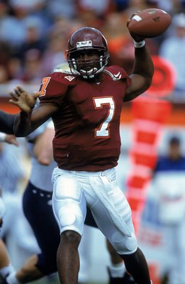 28 Oct 2000:  Michael Vick #7 of the Virginia Tech Hokies passes the ball during the game against the Pittsburgh Panthers at Blacksburgh, Virginia. The Hokies defeated the Panthers 37-34.Mandatory Credit: Scott Halleran  /Allsport
