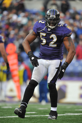 BALTIMORE, MD - NOVEMBER 7:  Ray Lewis #52 of the Baltimore Ravens celebrates a play against the Miami Dolphins at M&T Bank Stadium on November 7, 2010 in Baltimore, Maryland. The Ravens defeated the Dolphins 26-10. (Photo by Larry French/Getty Images)