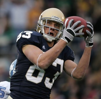 SOUTH BEND, IN - NOVEMBER 04:  Jeff Samardzija #83 of the Notre Dame Fighting Irish hauls in a first quarter pass against the North Carolina Tar Heels on November 4, 2006 at Notre Dame Stadium in South Bend, Indiana.  (Photo by Jonathan Daniel/Getty Image