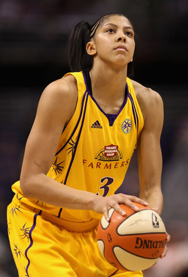 PHOENIX - SEPTEMBER 25:  Candace Parker #3 of the Los Angeles Sparks shoots a free throw shot against the Phoenix Mercury in Game Two of the Western Conference Finals during the 2009 WNBA Playoffs at US Airways Center on August 21, 2009 in Phoenix, Arizon