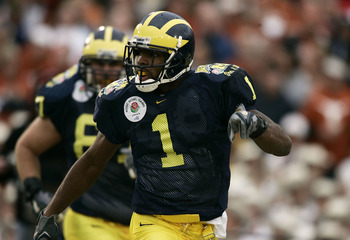 PASADENA, CA - JANUARY 01:  Wide receiver Braylon Edwards #1 of the Michigan Wolverines celebrates a touchdown against the Texas Longhorns in the 91st Rose Bowl Game at the Rose Bowl on January 1, 2005 in Pasadena, California.   (Photo by Donald Miralle/G