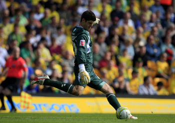 NORWICH, ENGLAND - APRIL 24:  Norwich City goalkeeper Fraser Forster during the Coca Cola League One match between Norwich City and Gillingham at Carrow Road on April 24, 2010 in Norwich, England. (Photo by Jed Leicester/Getty Images)