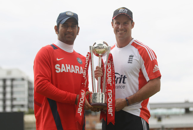 LONDON, ENGLAND - JULY 20:  Captains MS Dhoni of India and Andrew Strauss of England pose with the trophy during the India nets session at Lord's Cricket Ground on July 20, 2011 in London, England.  (Photo by Tom Shaw/Getty Images)