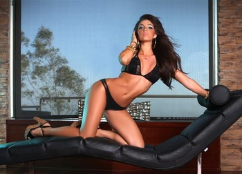 Melissa-molinaro-1_original_display_image