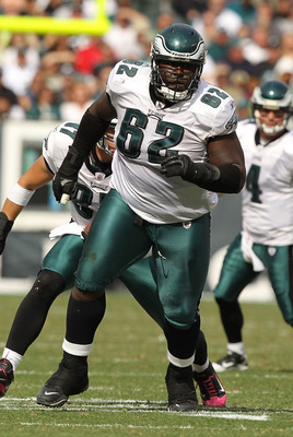 PHILADELPHIA - OCTOBER 17:  Max Jean Gilles #62 of the Philadelphia Eagles of the Atlanta Falcons during their game at Lincoln Financial Field on October 17, 2010 in Philadelphia, Pennsylvania.  (Photo by Al Bello/Getty Images)
