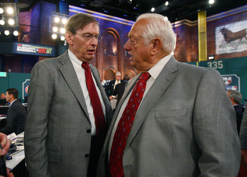 SECAUCUS, NJ - JUNE 07:  Team representative Tommy Losorda of the Los Angeles Dodgers and MLB Commissioner Bud Selig speak during the MLB First Year Player Draft on June 7, 2010 held in Studio 42 at the MLB Network in Secaucus, New Jersey. (Photo by Mike