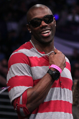 LOS ANGELES, CA - FEBRUARY 19:  NFL player Terrell Owens attends NBA All-Star Saturday night presented by State Farm at Staples Center on February 19, 2011 in Los Angeles, California.  NOTE TO USER: User expressly acknowledges and agrees that, by download