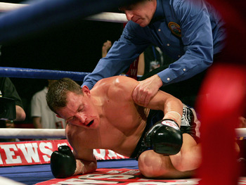 Ross Minter was badly hurt against journeyman Freddy Curiel