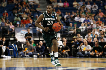 TAMPA, FL - MARCH 17:  Draymond Green #23 of the Michigan State Spartans brings the ball up court against the UCLA Bruins during the second round of the 2011 NCAA men's basketball tournament at St. Pete Times Forum on March 17, 2011 in Tampa, Florida. UCL