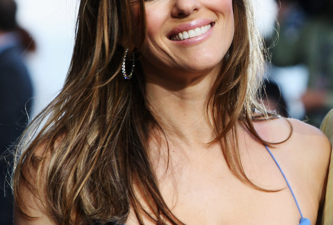 MONTE CARLO, MONACO - MAY 23:  Actress Elizabeth Hurley appears at the Amber Fashion Show and Auction held at the Meridien Beach Plaza on May 23, 2008 in Monte Carlo, Monaco.  (Photo by Mark Thompson/Getty Images)