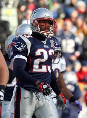 FOXBORO, MA - JANUARY 10:  Leigh Bodden #23 of the New England Patriots looks on against the Baltimore Ravens during the 2010 AFC wild-card playoff game at Gillette Stadium on January 10, 2010 in Foxboro, Massachusetts.  (Photo by Jim Rogash/Getty Images)