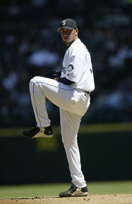 SEATTLE - MAY 23:  Pitcher Freddy Garcia #34 of the Seatlle Mariners on the mound during the game against the Detroit Tigers on May 23, 2004 at Safeco Field in Seattle, Washington. The Mariners won 3-1. (Photo by Otto Greule Jr/Getty Images)