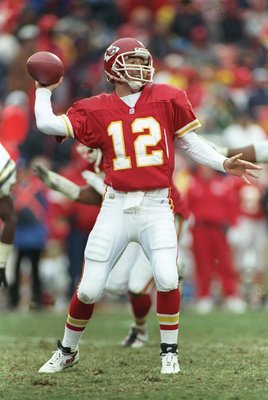 24 Nov 1996:  Quarterback Rich Gannon of the Kansas City Chiefs drops back to pass during a game against the San Diego Chargers at Arrowhead Stadium in Kansas City, Missouri.  The Chargers won the game 28-14. Mandatory Credit: Jamie Squire  /Allsport
