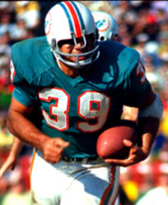 Csonka_larry_action_180-220_display_image