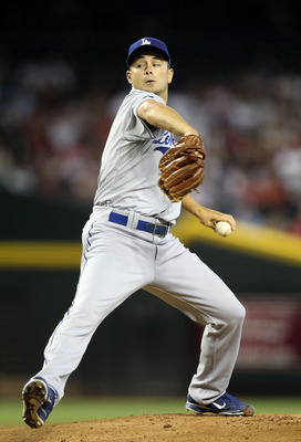 PHOENIX, AZ - JULY 17:  Starting pitcher Ted Lilly #29 of the Los Angeles Dodgers pitches against the Arizona Diamondbacks during the Major League Baseball game at Chase Field on July 17, 2011 in Phoenix, Arizona.  (Photo by Christian Petersen/Getty Image