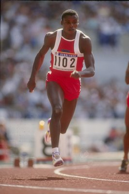 26 Sep 1988: Carl Lewis of the United States runs on air towards the finish line at the Olympic Games in Seoul, South Korea..