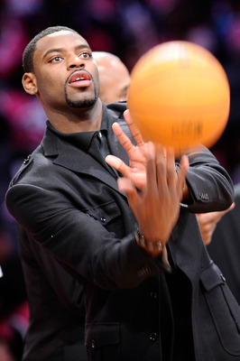 LOS ANGELES, CA - FEBRUARY 18:  Tyreke Evans #6 of the Sacramento Kings, who is missing the game due to injury, throws the ball during the T-Mobile Rookie Challenge and Youth Jam at Staples Center on February 18, 2011 in Los Angeles, California.  (Photo b