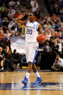 TAMPA, FL - MARCH 17:  Doron Lamb #20 of the Kentucky Wildcats brings the ball up court against the Princeton Tigers during the second round of the 2011 NCAA men's basketball tournament at St. Pete Times Forum on March 17, 2011 in Tampa, Florida. Kentucky
