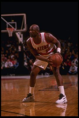 2 Mar 1995: Guard Terry Porter of the Portland Trail Blazers moves the ball during a game against the Charlotte Hornets at the Rose Garden in Portland, Oregon. The Hornets won the game, 109-99.