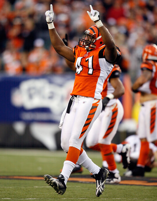 CINCINNATI - NOVEMBER 29:  Chinedum Ndukwe #41of the Cincinnati Bengals celebrates during the NFL game against the Cleveland Browns at Paul Brown Stadium on November 29, 2009 in Cincinnati, Ohio.  (Photo by Andy Lyons/Getty Images)