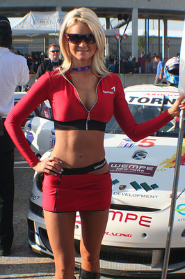 Nascar_girls_78_display_image