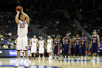 KANSAS CITY, MO - MARCH 19:  Blake Griffin #23 of the Oklahoma Sooners shoots a free throw after a flagrant foul committed by Ameer Ali #34 of the Morgan State Golden Bears (not in photo) in the second half during the first round of the NCAA Division I Me