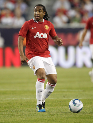 FOXBORO, MA - JULY 13:  Anderson #8 of Manchester United competes during a friendly match against the New England Revolution at Gillette Stadium on July 13, 2011 in Foxboro, Massachusetts. (Photo by Jim Rogash/Getty Images)