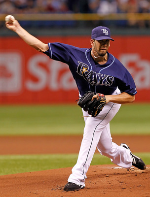 ST. PETERSBURG, FL - JULY 21:  Pitcher James Shields #33 of the Tampa Bay Rays pitches against the New York Yankees during the game at Tropicana Field on July 21, 2011 in St. Petersburg, Florida.  (Photo by J. Meric/Getty Images)