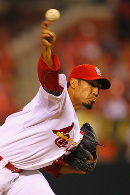 ST. LOUIS, MO - JULY 8:  Reliever Fernando Salas #59 of the St. Louis Cardinals pitches against the Arizona Diamondbacks at Busch Stadium on July 8, 2011 in St. Louis, Missouri.  (Photo by Dilip Vishwanat/Getty Images)