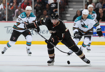 ANAHEIM, CA - APRIL 06:  Lubomir Visnovsky #17 of the Anaheim Ducks skates against the San Jose Sharks at Honda Center on April 6, 2011 in Anaheim, California.  (Photo by Jeff Gross/Getty Images)