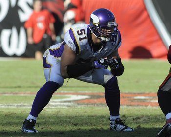 TAMPA, FL - NOVEMBER 16: Linebacker Ben Leber #51 of the Minnesota Vikings sets for play against the Tampa Bay Buccaneers at Raymond James Stadium on November 16, 2008 in Tampa, Florida.  (Photo by Al Messerschmidt/Getty Images)