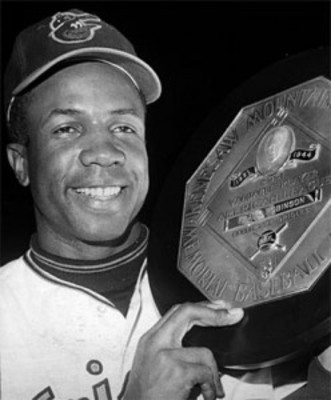 Frank-robinson-1966-248x300_display_image