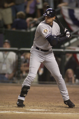 27 Oct 2001:  David Justice #28 of the New York Yankees waits for a pitch from the Arizona Diamondbacks during Game 1 of the World Series at Bank One Ballpark in Phoenix, Arizona.  The Diamondbacks beat the Yankees 9-1.  DIGITAL IMAGE  Mandatory Credit: J