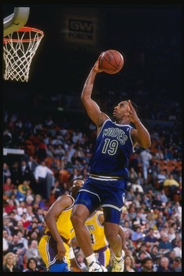 1990:  Guard Tony Campbell of the Minnesota Timberwolves goes up for two during a game against the Los Angeles Lakers at the Great Western Forum in Inglewood, California. Mandatory Credit: Ken Levine  /Allsport
