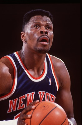1992-1993:  PATRICK EWING OF THE NEW YORK KNICKS AT THE FREE THROW LINE DURING THE KNICKS GAME AT THE DENVER NUGGETS. Mandatory Credit: Tim Defrisco/ALLSPORT