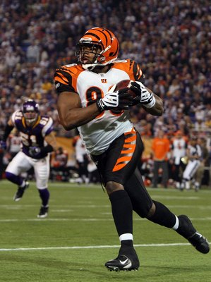 MINNEAPOLIS, MN - DECEMBER 13:  Daniel Coats #86 of the Cincinnati Bengals runs the ball against the Minnesota Vikings on December 13, 2009 at Hubert H. Humphrey Metrodome in Minneapolis, Minnesota. The Vikings defeated the Bengals 30-10.  (Photo by Jim M
