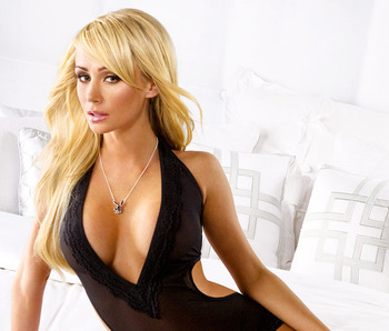 Sara-jean-underwood-11_display_image