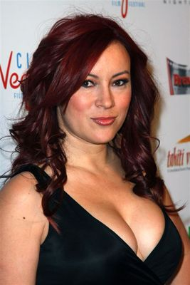 Jennifertilly_display_image