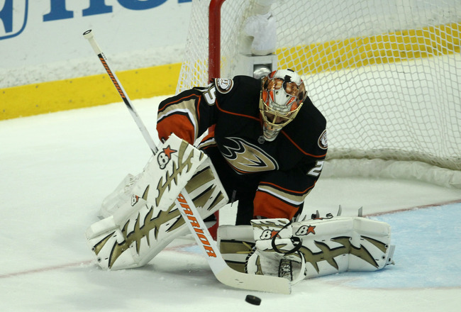 ANAHEIM, CA - APRIL 22:  Goalie Ray Emery #29 of the Anaheim Ducks makes a save against the Nashville Predators in Game Five of the Western Conference Quarterfinals during the 2011 NHL Stanley Cup Playoffs at Honda Center on April 22, 2011 in Anaheim, Cal