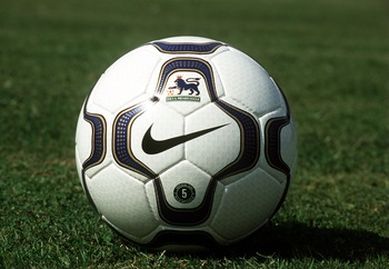 9 Aug 2000:  Nike Geo Merlin Offical FA Carling Premiership Match Ball. Mandatory Credit: David Rogers/ALLSPORT